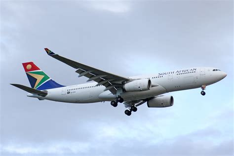 South African Airways, ZS-SXX, Airbus A330-243, 01