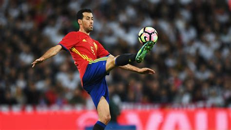 FIFA World Cup 2022™ - News - Busquets: I'd love to play