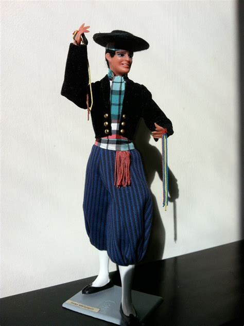 walking distance & et cetera -: Andorra Traditional Clothing