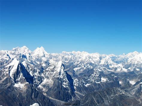 Mountain Flights in Nepal with Himalaya Guides