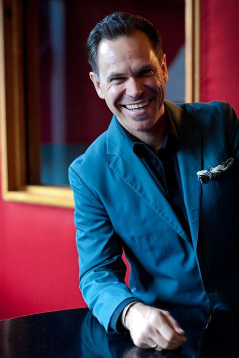 Kurt Elling delivers passion-filled performance - The