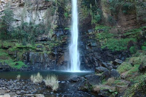 File:Lone Fall, Blyde River Canyon, South Africa 1